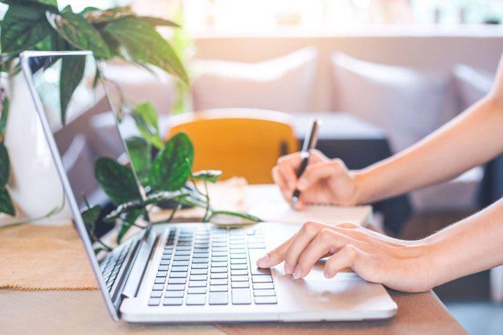 La rédaction web est rentable sur Fiverr